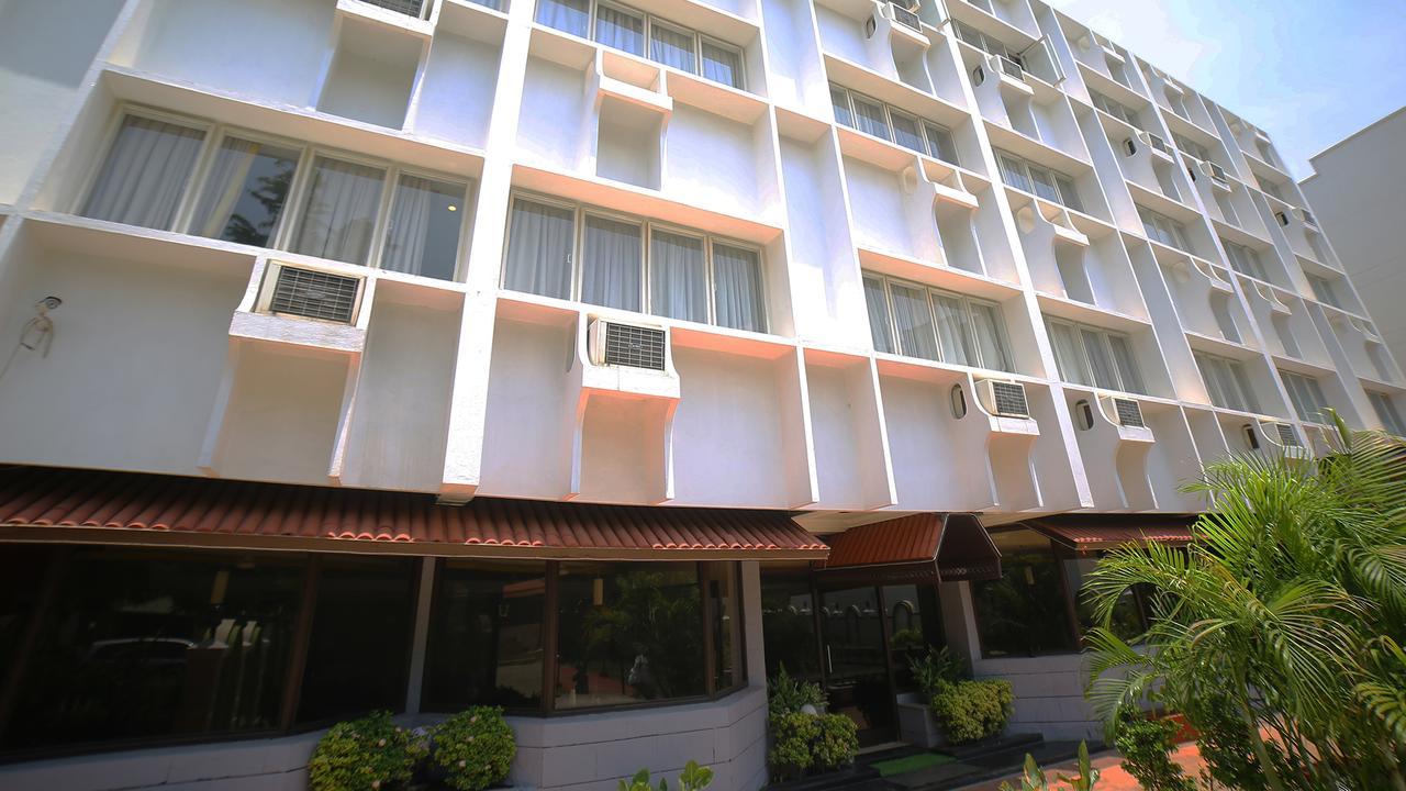 Top Hotel to Stay Near Yaganti Temple-Hotel Rajavihar