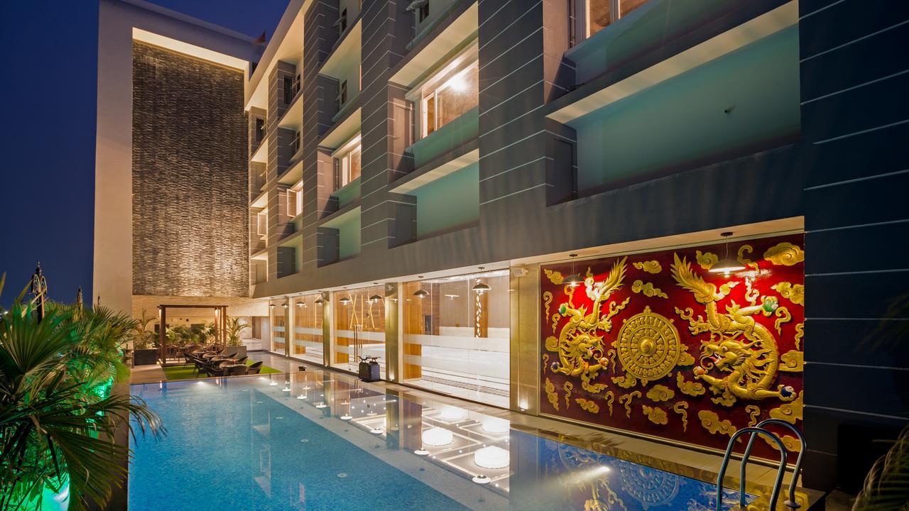 Hotel Saffron Crest - Best Midrange Hotels In Siliguri