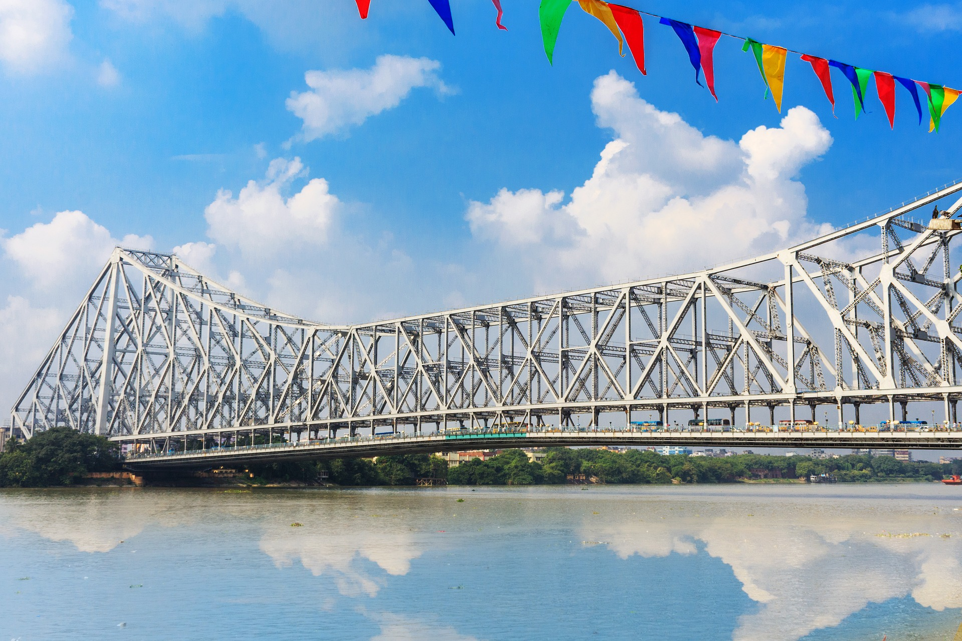 Howrah Bridge - Best Places In Kolkata For Every First-Time Traveler
