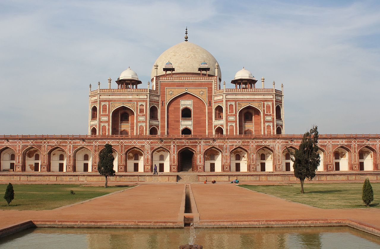 Best Historical Place To Visit In Delhi-Humayun's Tomb