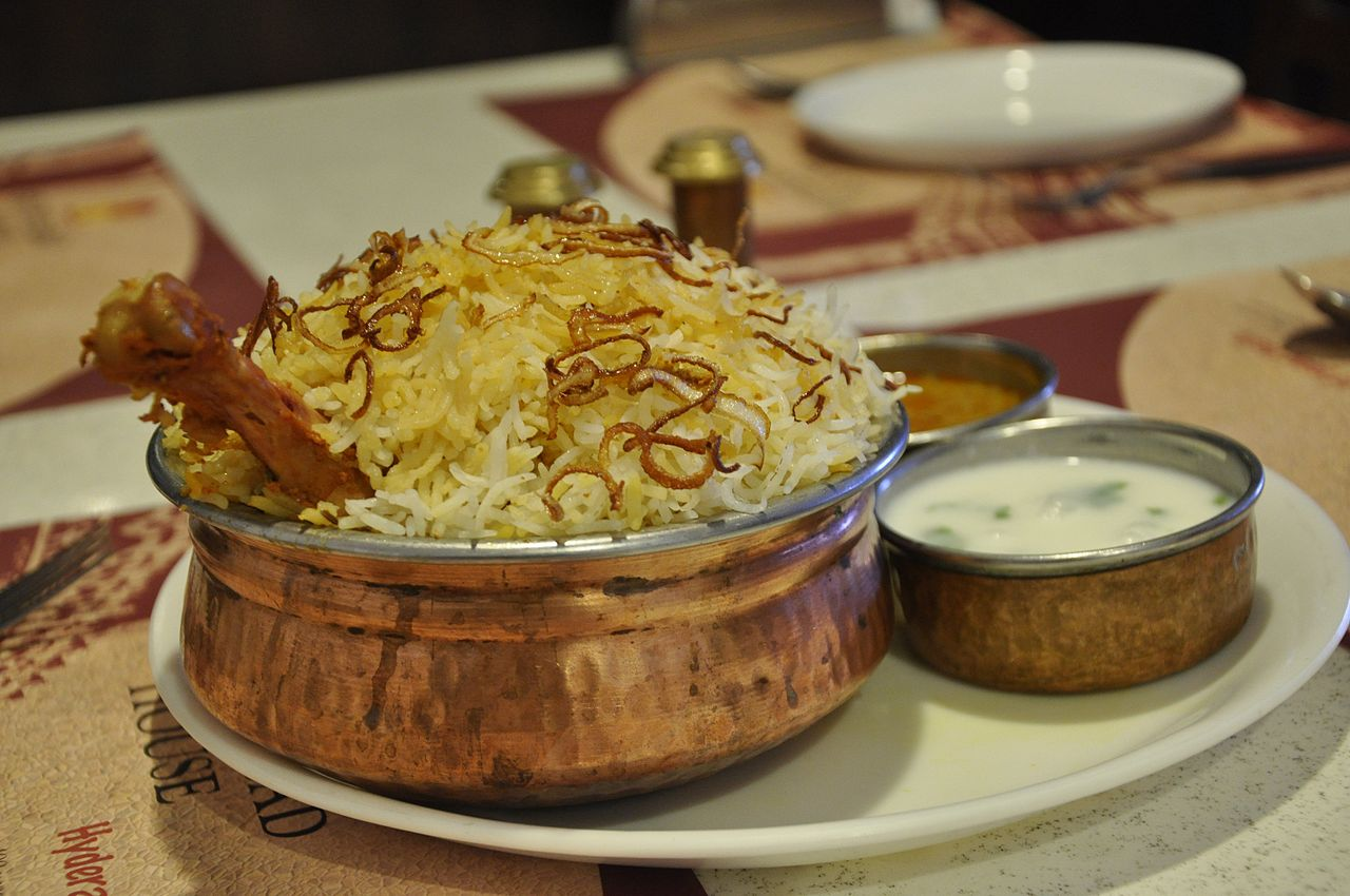 Popular Telangana Dish to Try-Hyderabadi Biryani