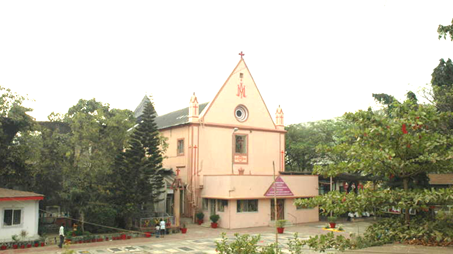 IC Church Borivali - The Most Famous Church in Mumbai Suburbs