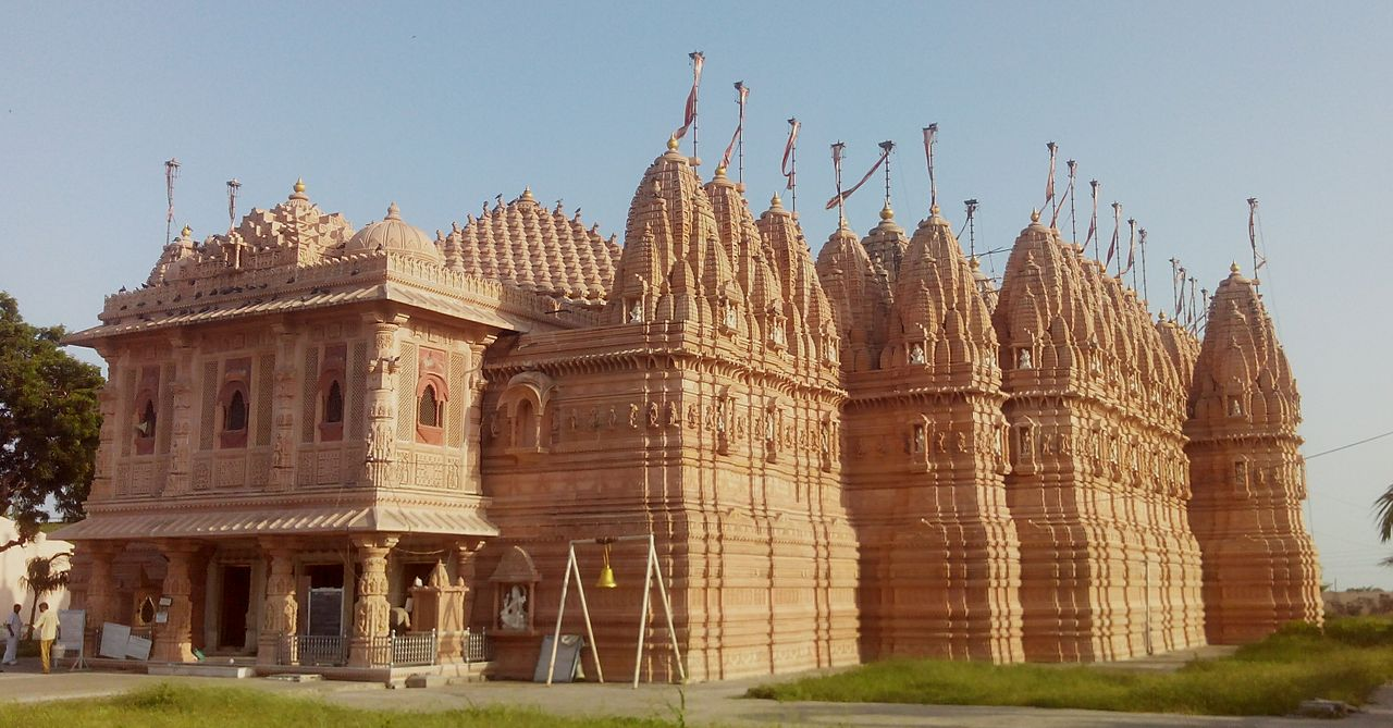Structure, Architecture & Idols of The Bhadreshwar Temple, Gujarat