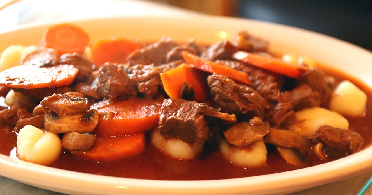 Tasty Food To Try In Croatia-Istrian stew (Jota)