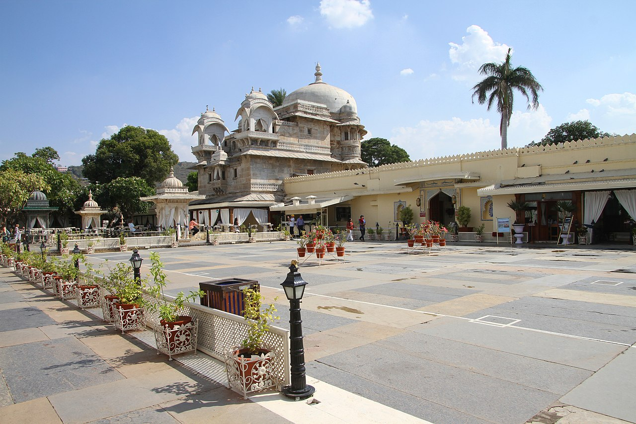 Popular Place to Visit in Udaipure-Jagmandir