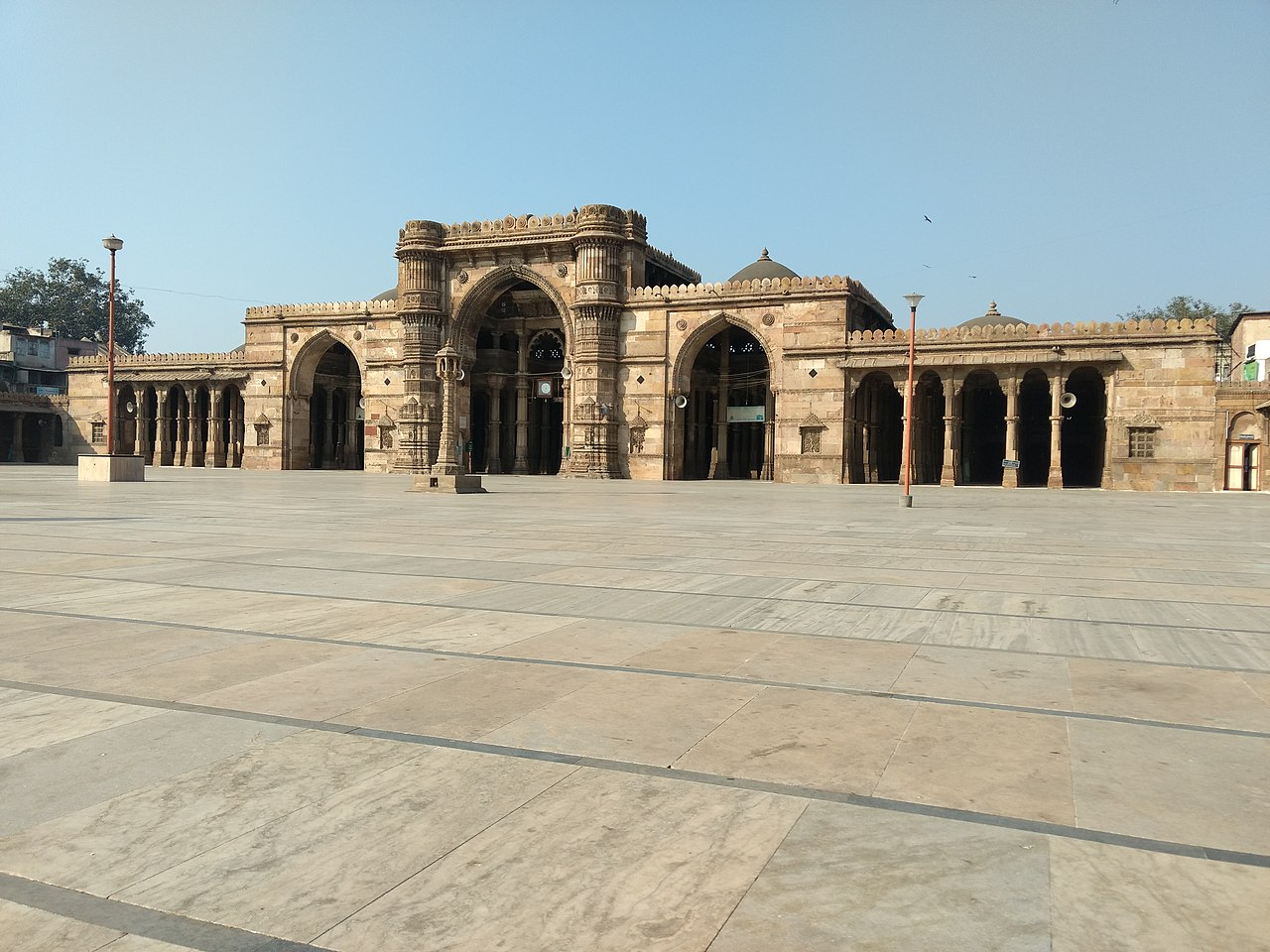 Place To Visit Near Ahmad Shah's Tomb and Mosque-Jama Masjid