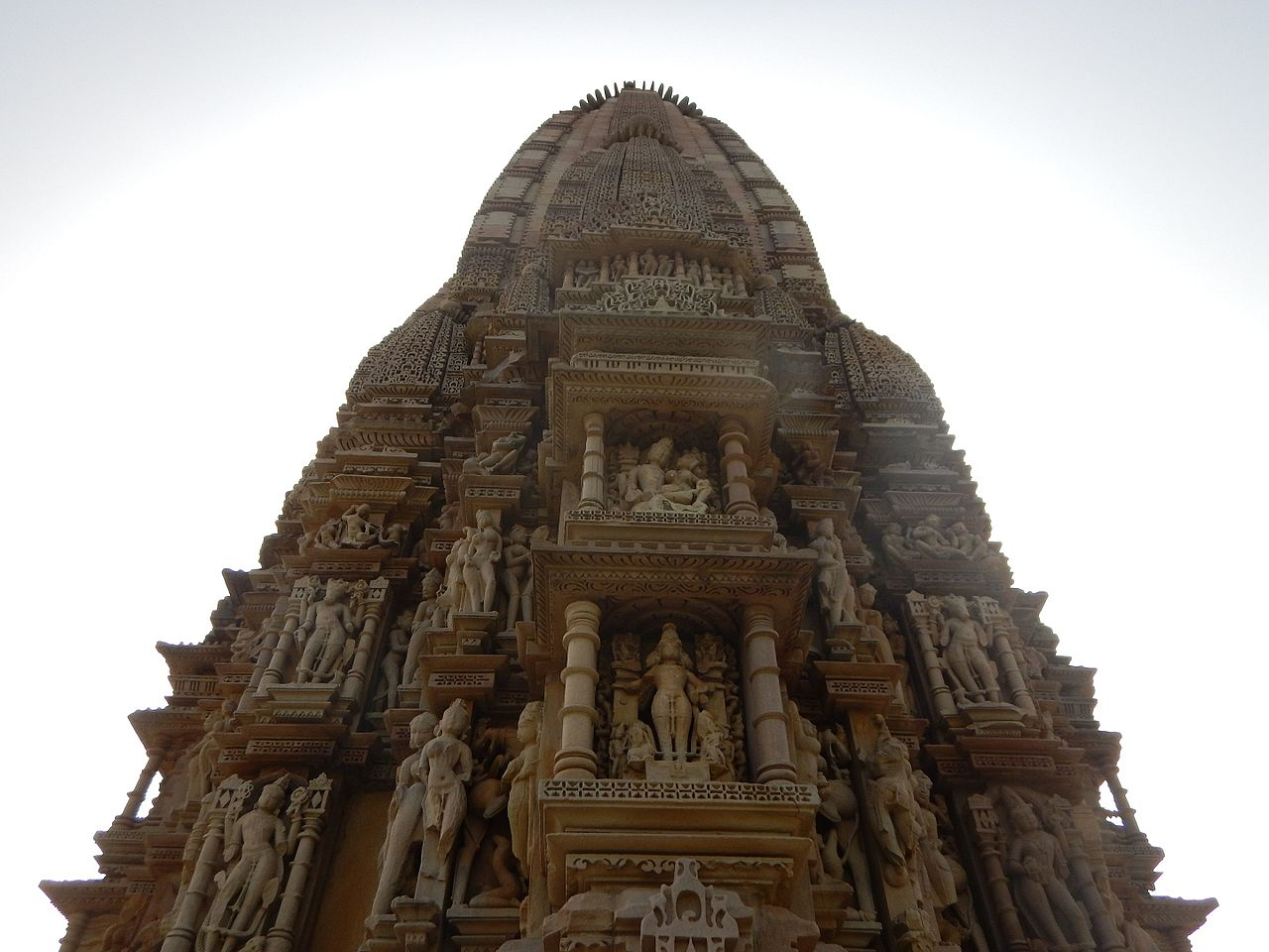Top Visiting Temple in Khajuraho-Javari Temple