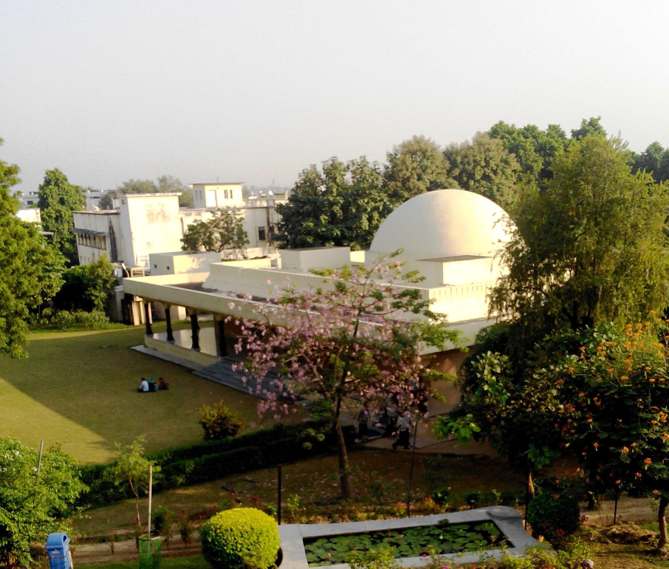 Best Sightseeing Place in Prayagraj-Jawahar Planetarium