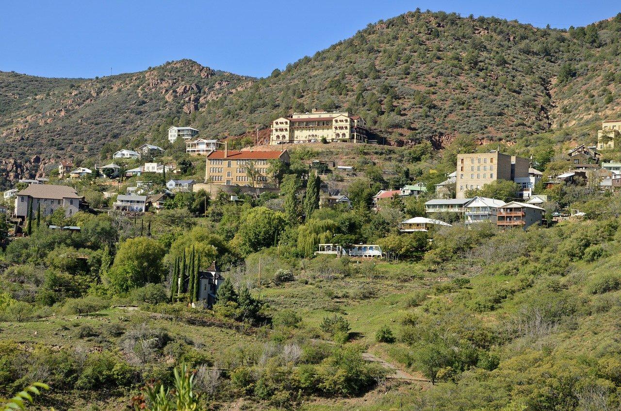 Popular Weekend Getaways From Scottsdale-Jerome