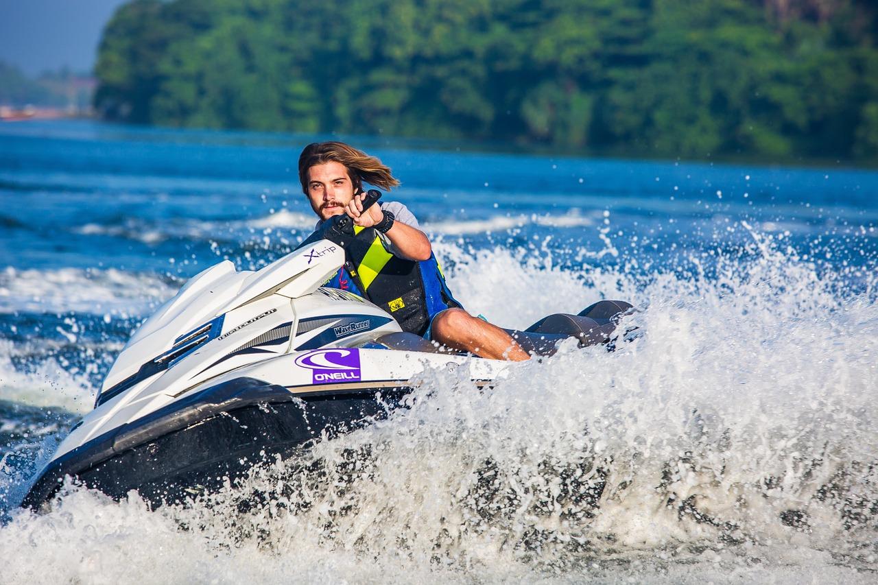 Jet Ski - Amazing Water Sport in Hawaii