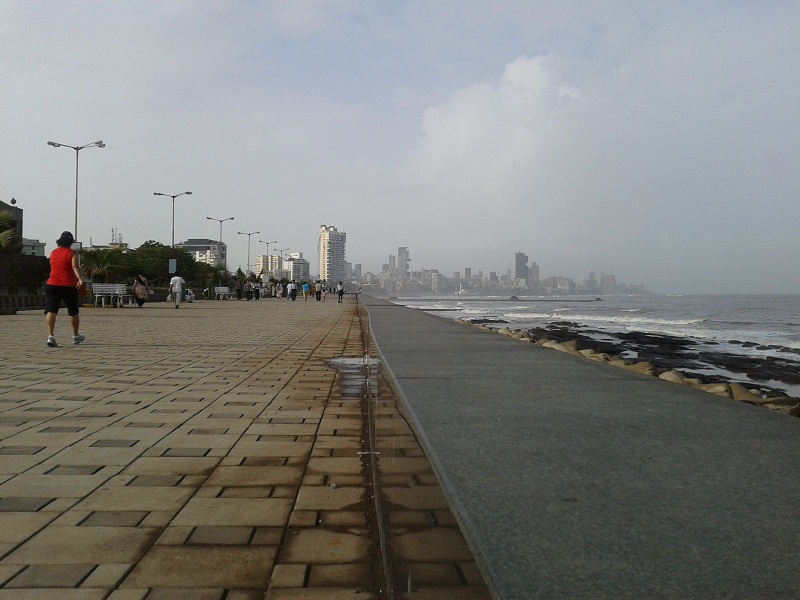 Visit Worli Seaface, Perfect Place for Joggers in the Morning