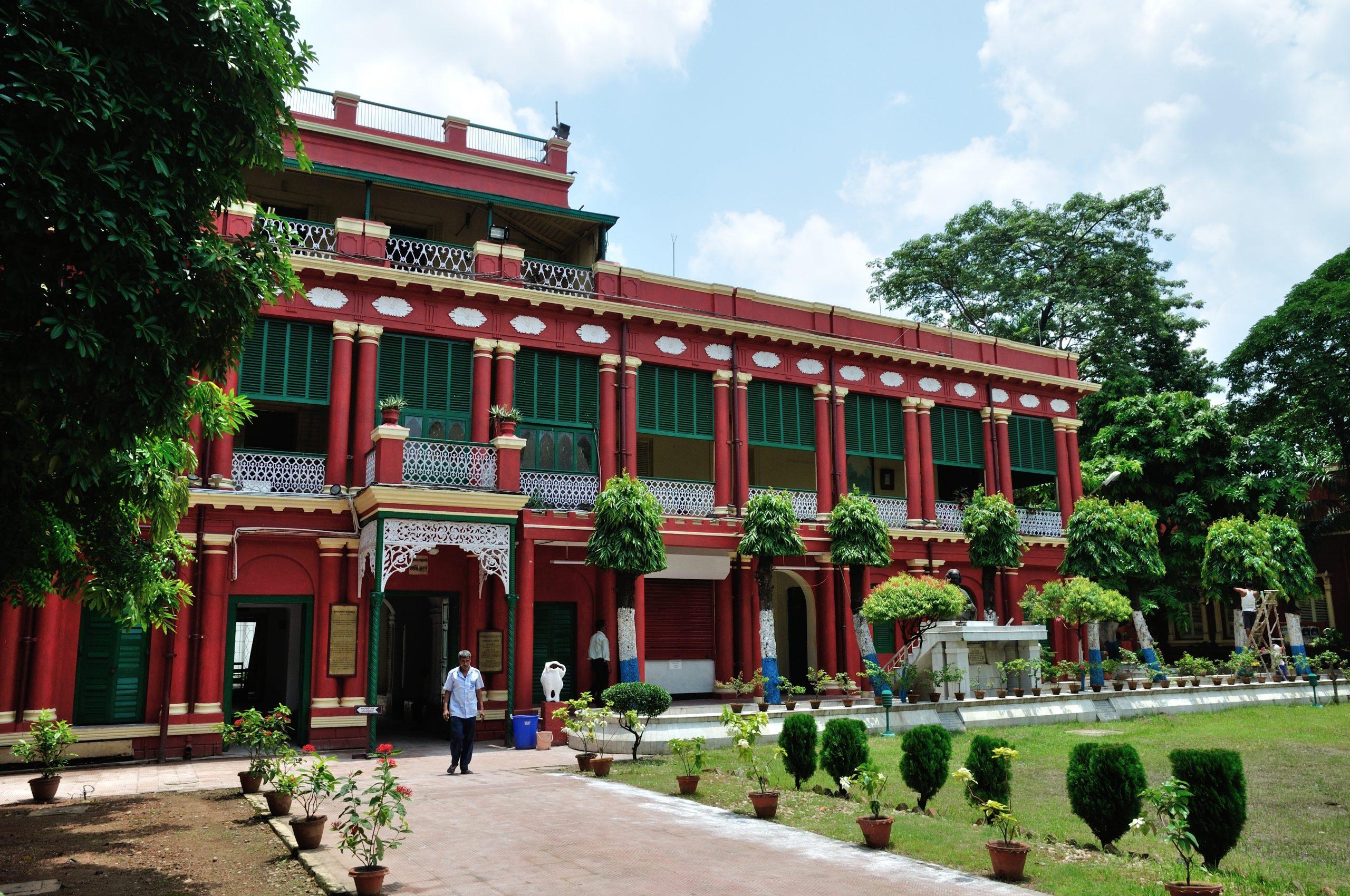 Jorasako Thakur Bari - Best Places In Kolkata For Every First-Time Traveler