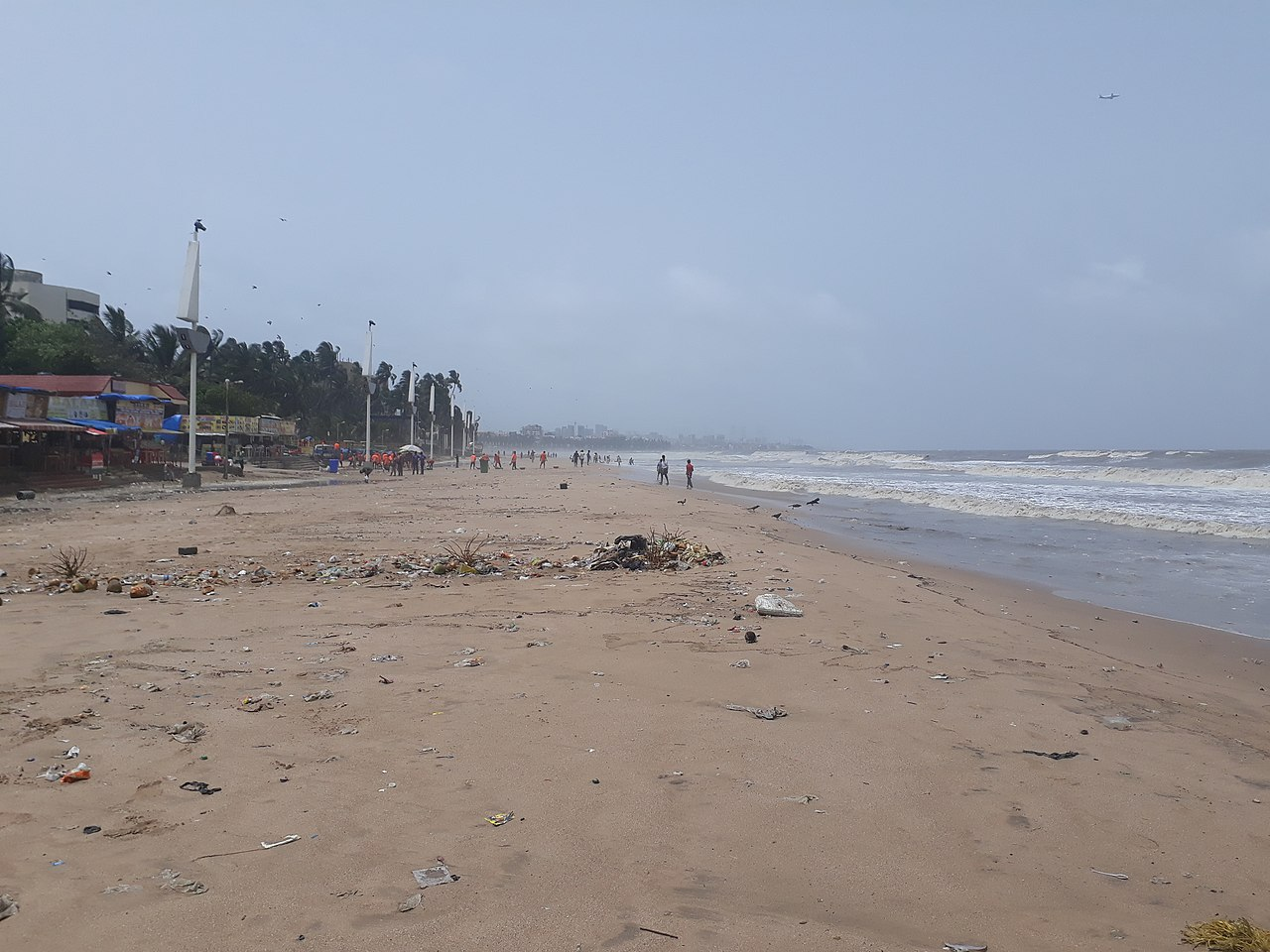Place to Visit Near Iskcon Temple in Juhu-Juhu beach
