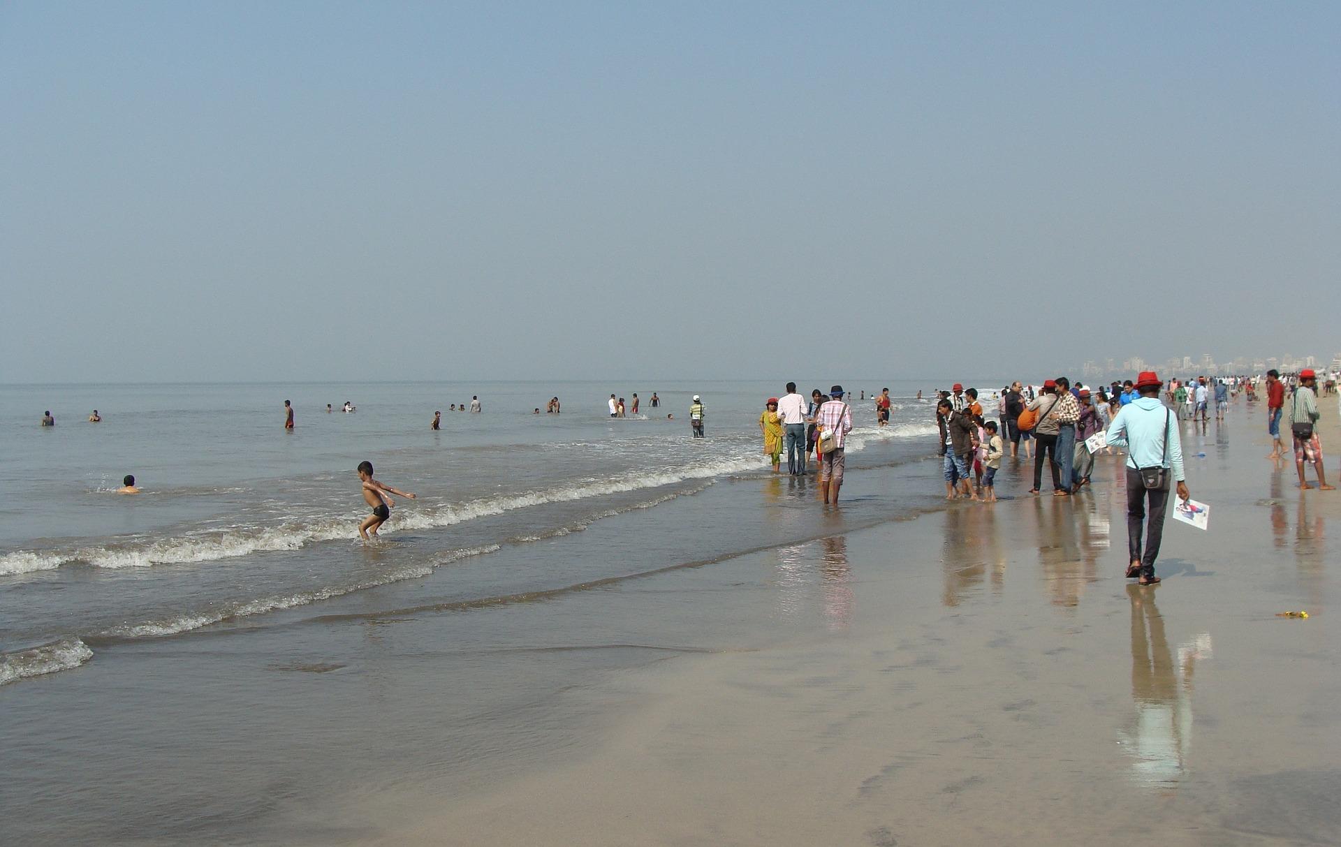 Place Near Bandra Fort-Juhu Beach
