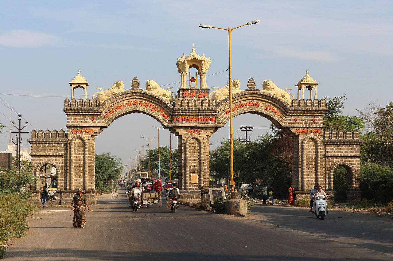 Top Place That Should Make Your Veraval Itinerary-Junagadh Gate