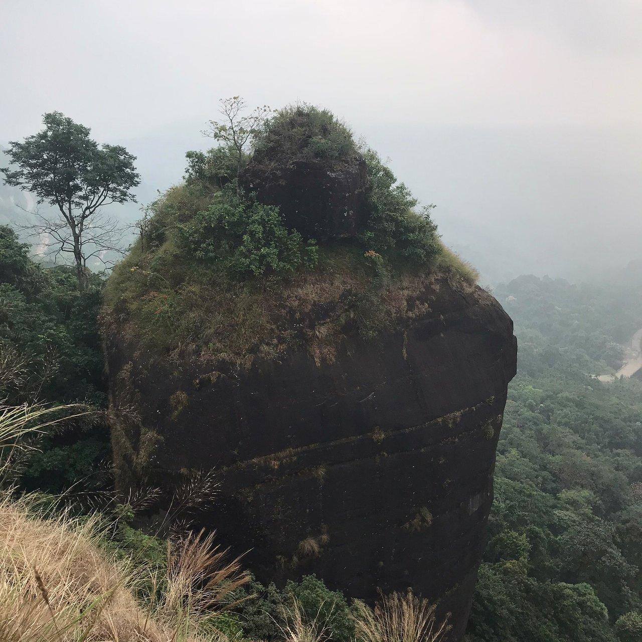 Amazing Place to Visit In Cherrapunji-Ka Khoh Ramhah