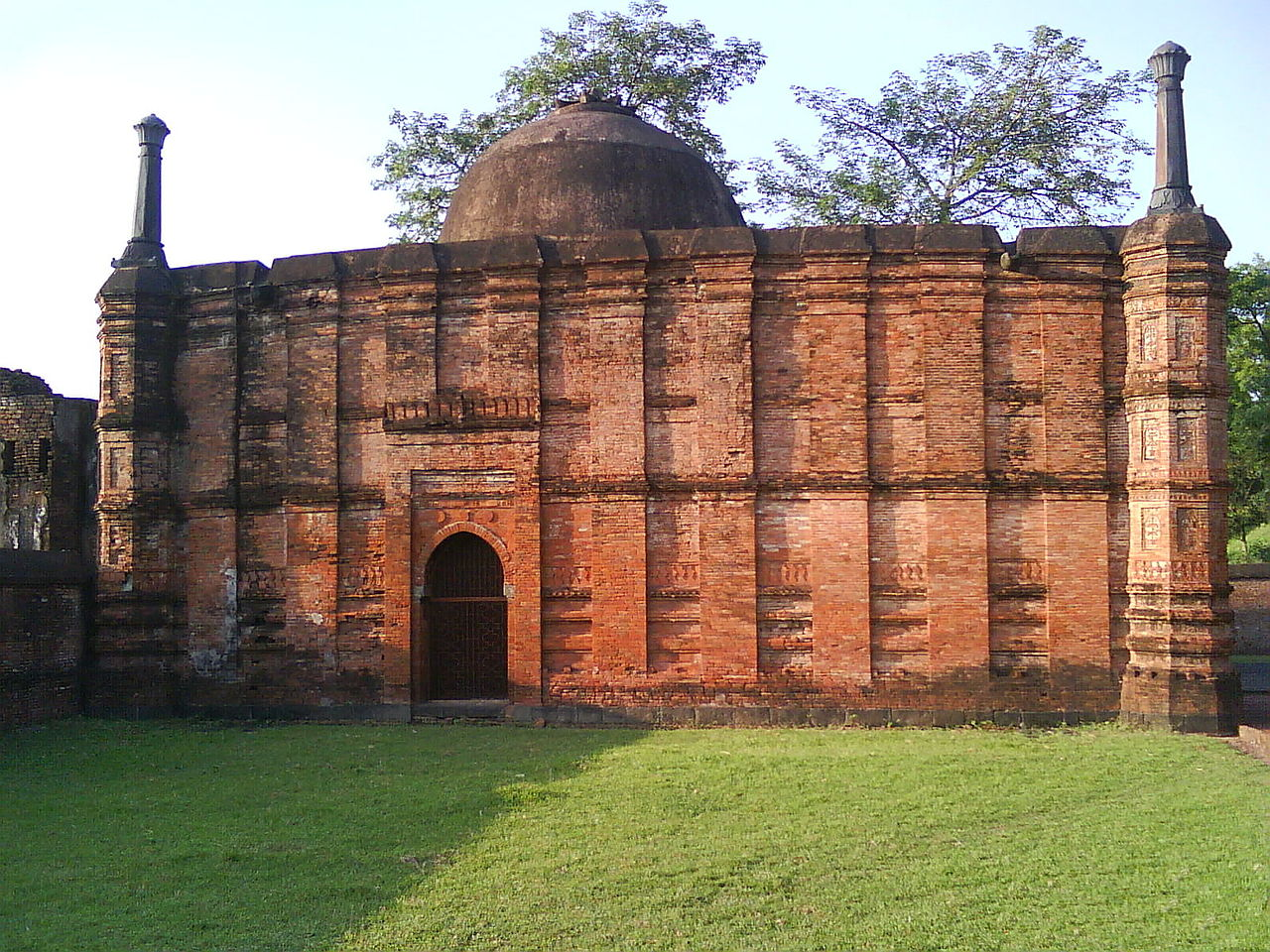 Place in Malda That Every Tourist Must See-Kadam Rasul Mosque and others