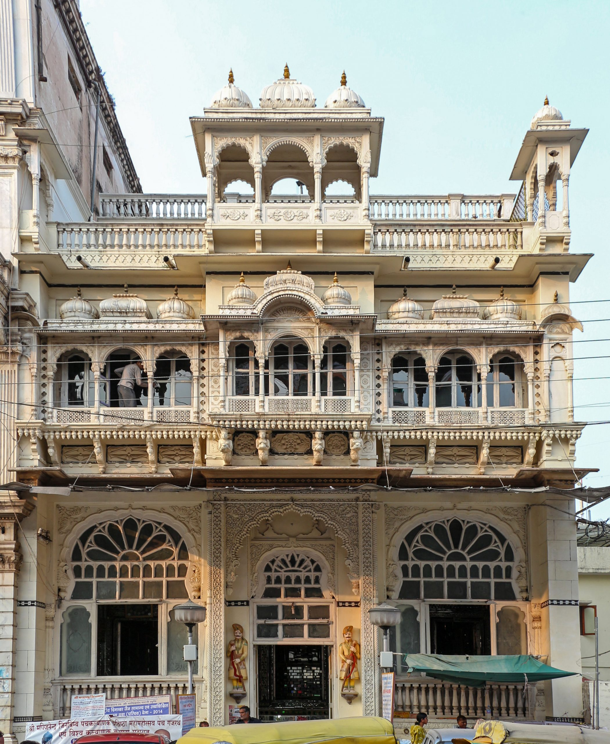 Top Place in Indore Which Every Tourist Must Visit-Kanch Mandir