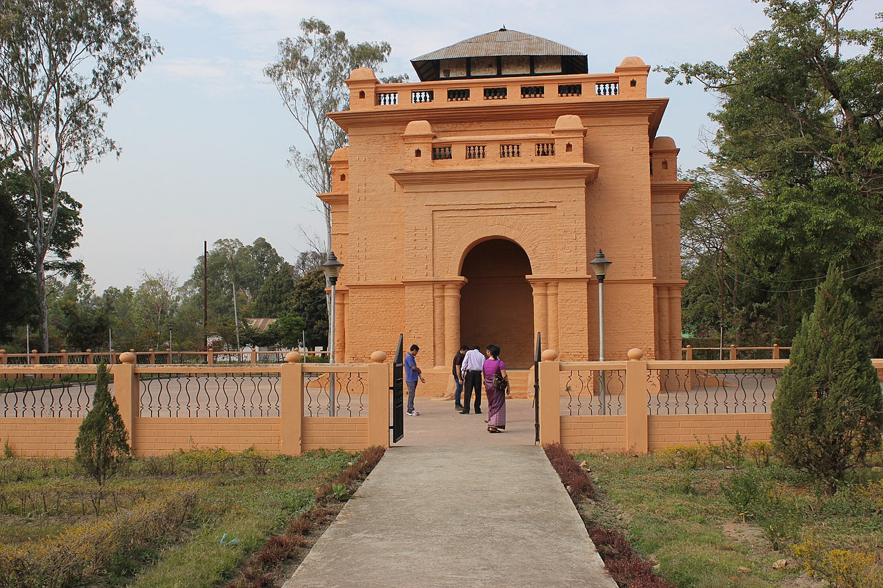 Top Tourist Place In Manipur-Kangla Fort