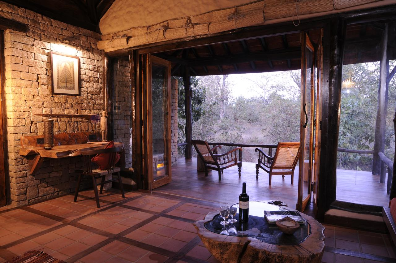 Best Hotel To Stay In Kanha Forest-Kanha Earth Lodge