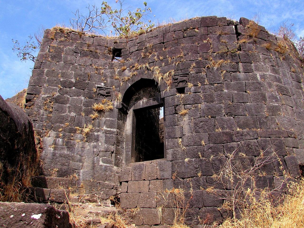 Best Place to Visit Near Manikgad Fort-Karnala Fort