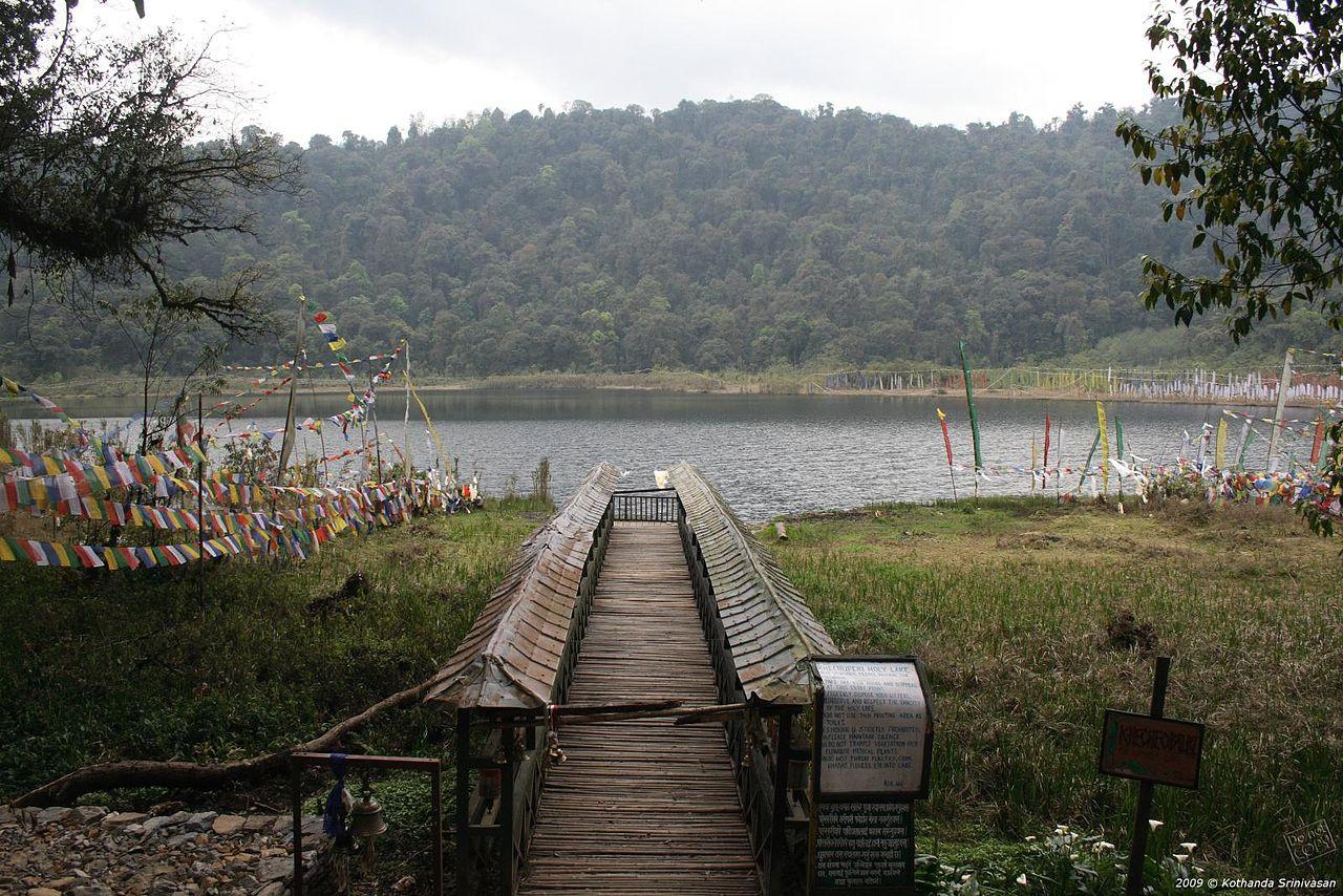 Popular Weekend Getaways From Siliguri-Pelling, Khecheopalri lake