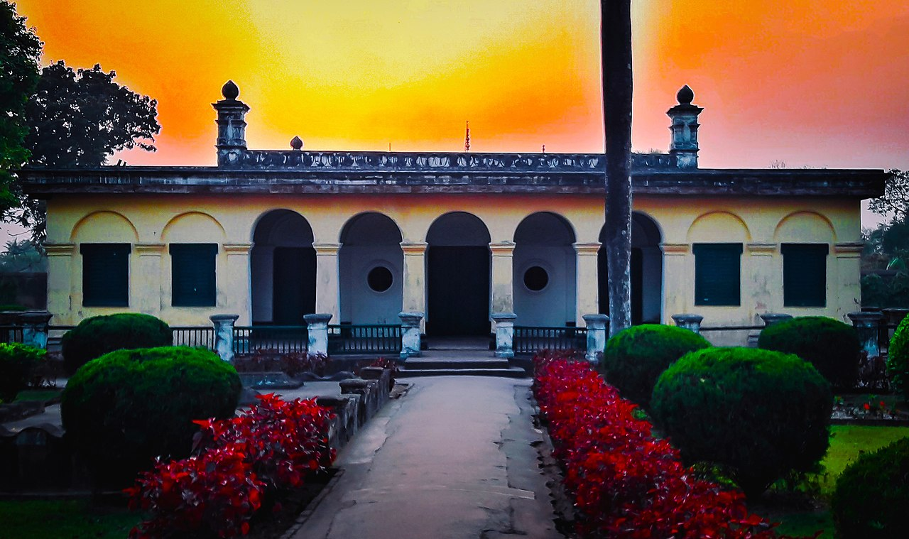 Amazing Place to Visit in Murshidabad-Khushbagh