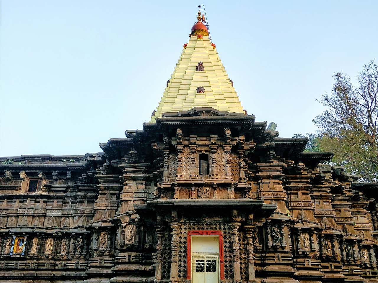 Awesome Weekend Destination from Ahmednagar-Mahalaxmi temple, Kolhapur