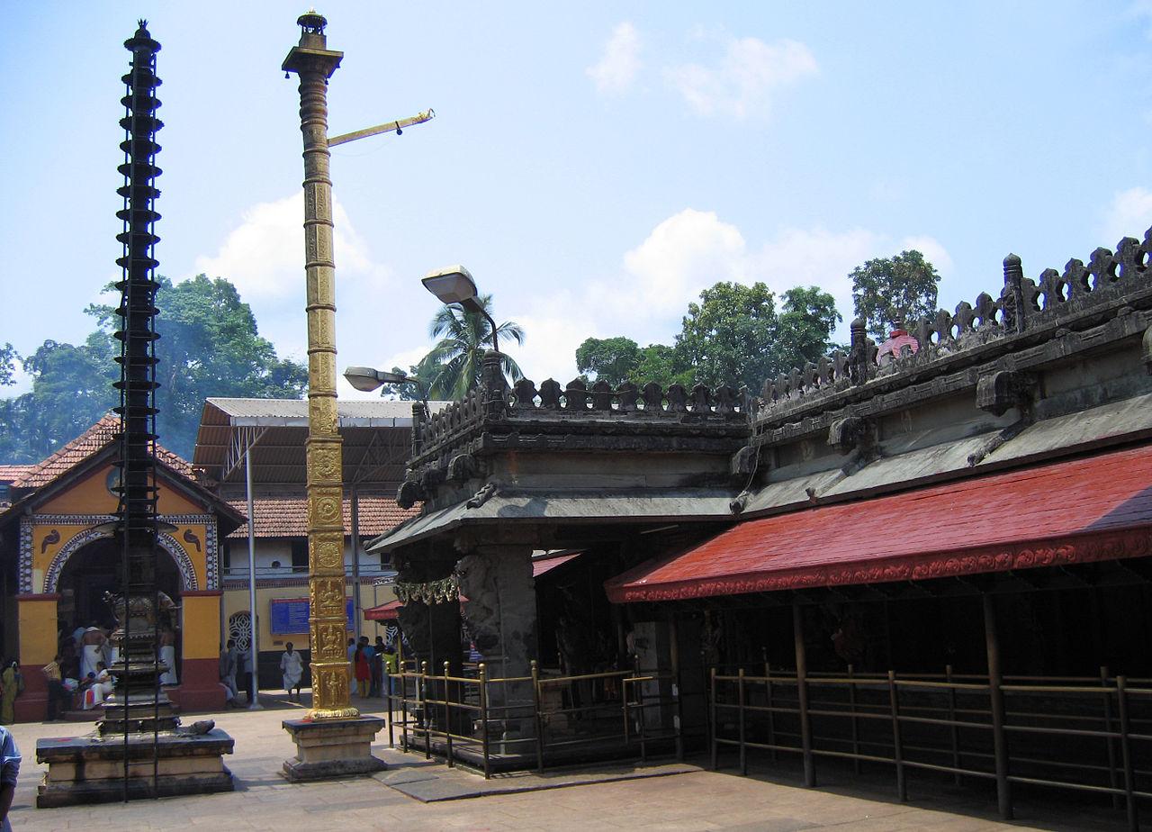 Place to Visit Nearby Nagara Fort-Mookambika Temple, Kollur