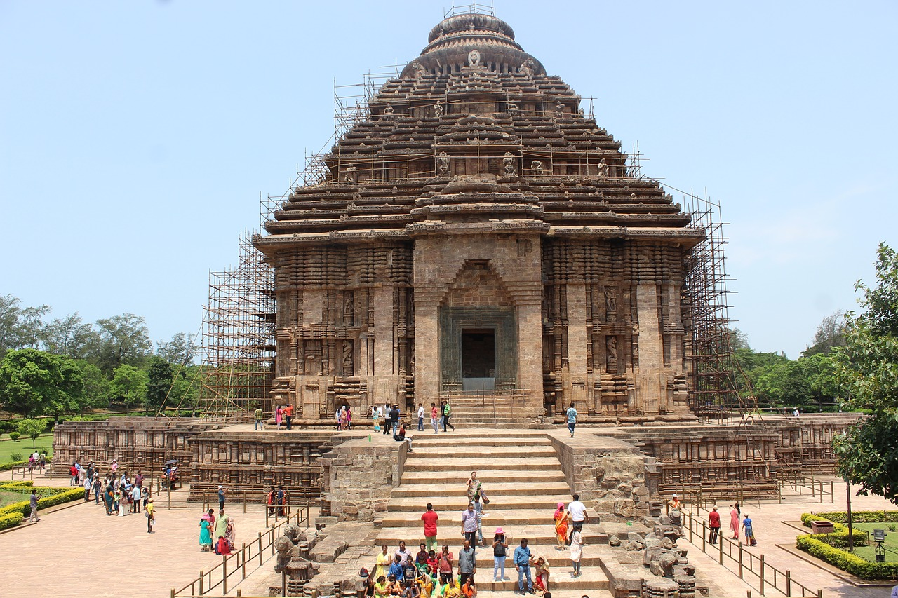 Most Popular Place To Visit In Bhubaneswar - Konark Sun Temple