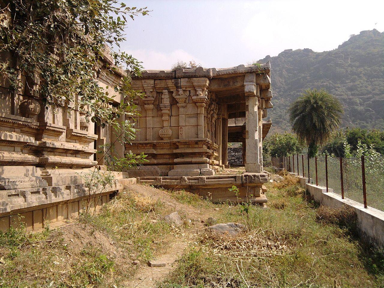 Visit Kondaveedu Fort in Guntur