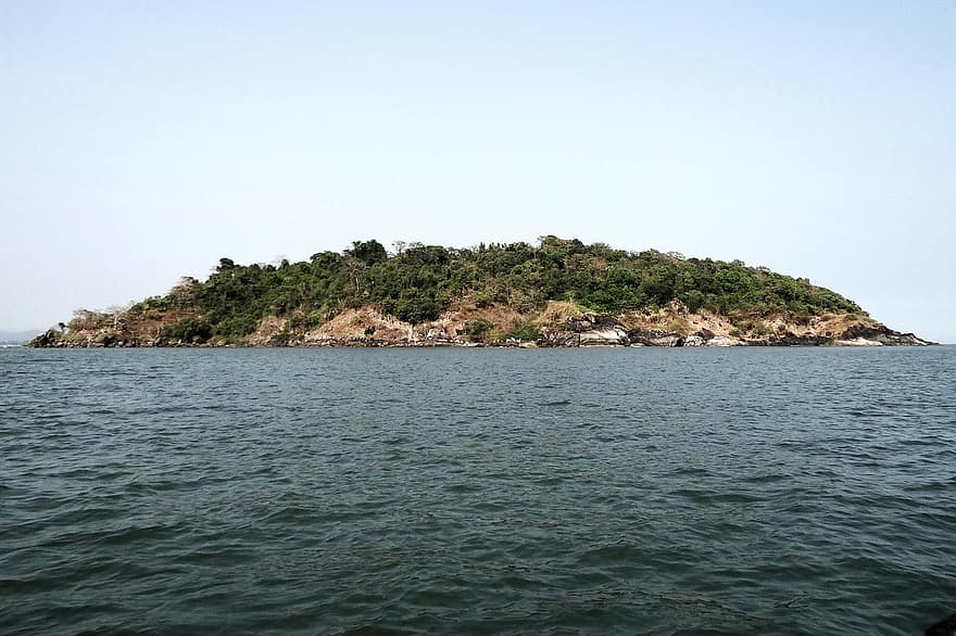 Kurumgad Island - Top Place To Visit In Karwar