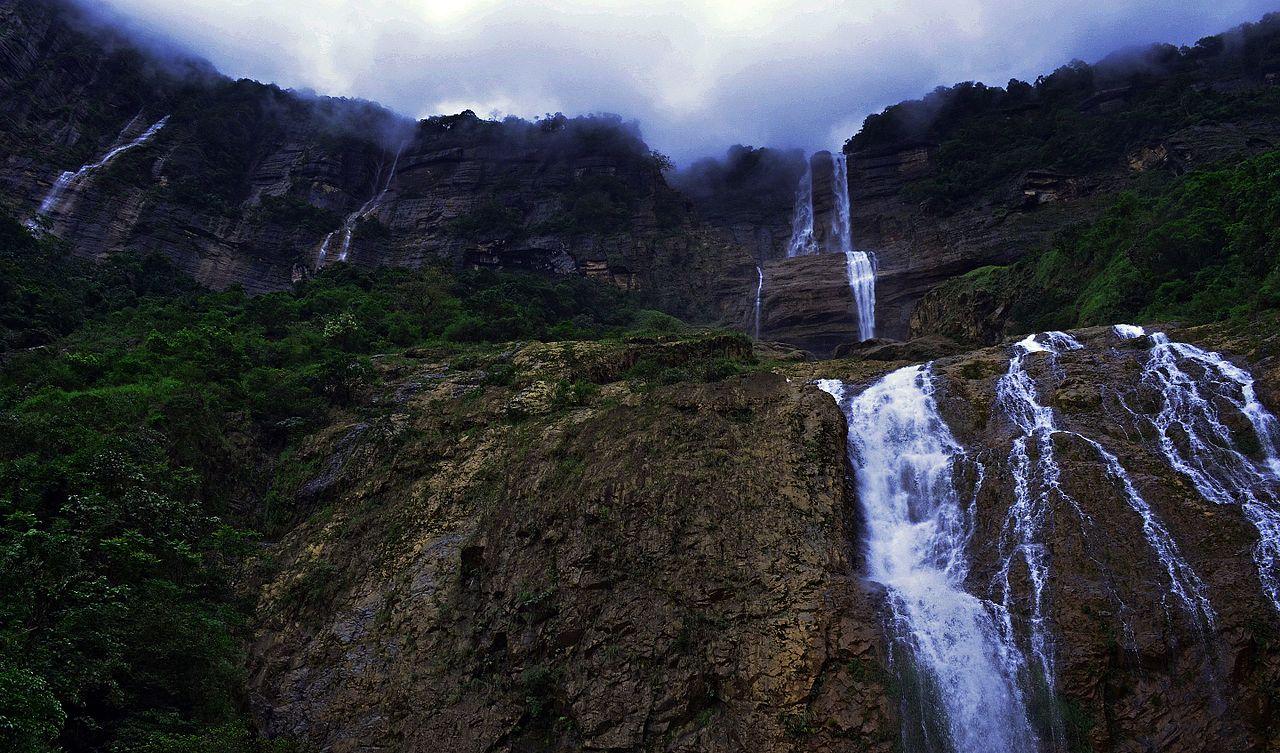 Attraction to Visit Nearby Nohkalikai Waterfalls-Kynrem Waterfalls