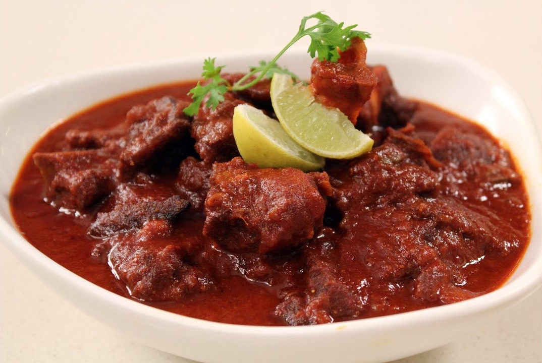 Top Rajasthani Dish That Every Foodie Must Try-Laal Maas