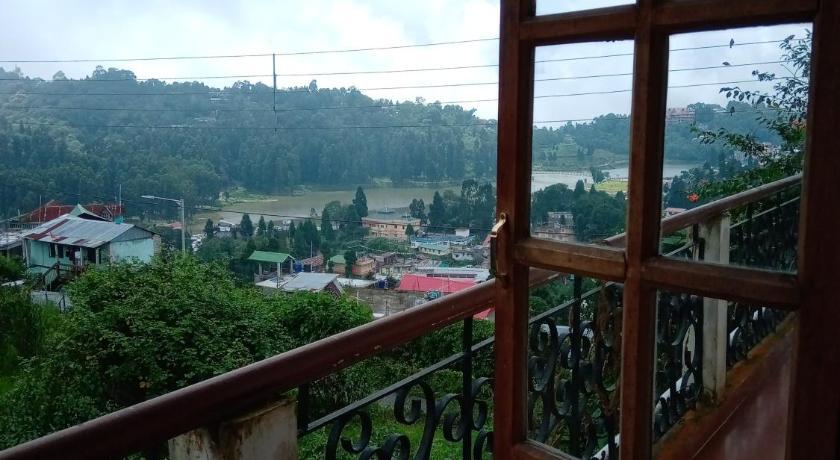 Lake View Villa - Best Mid-Range Hotels In Mirik