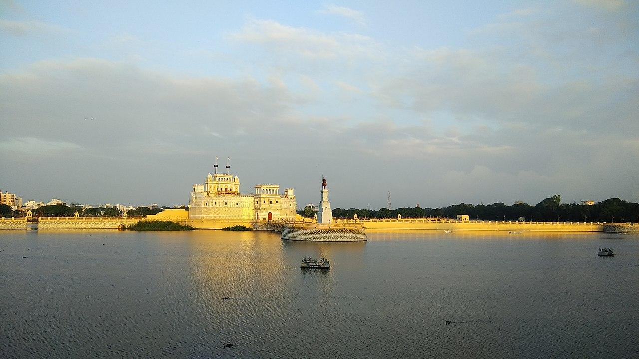 Best Place to Visit Near Marine National Park-Lakhota Palace