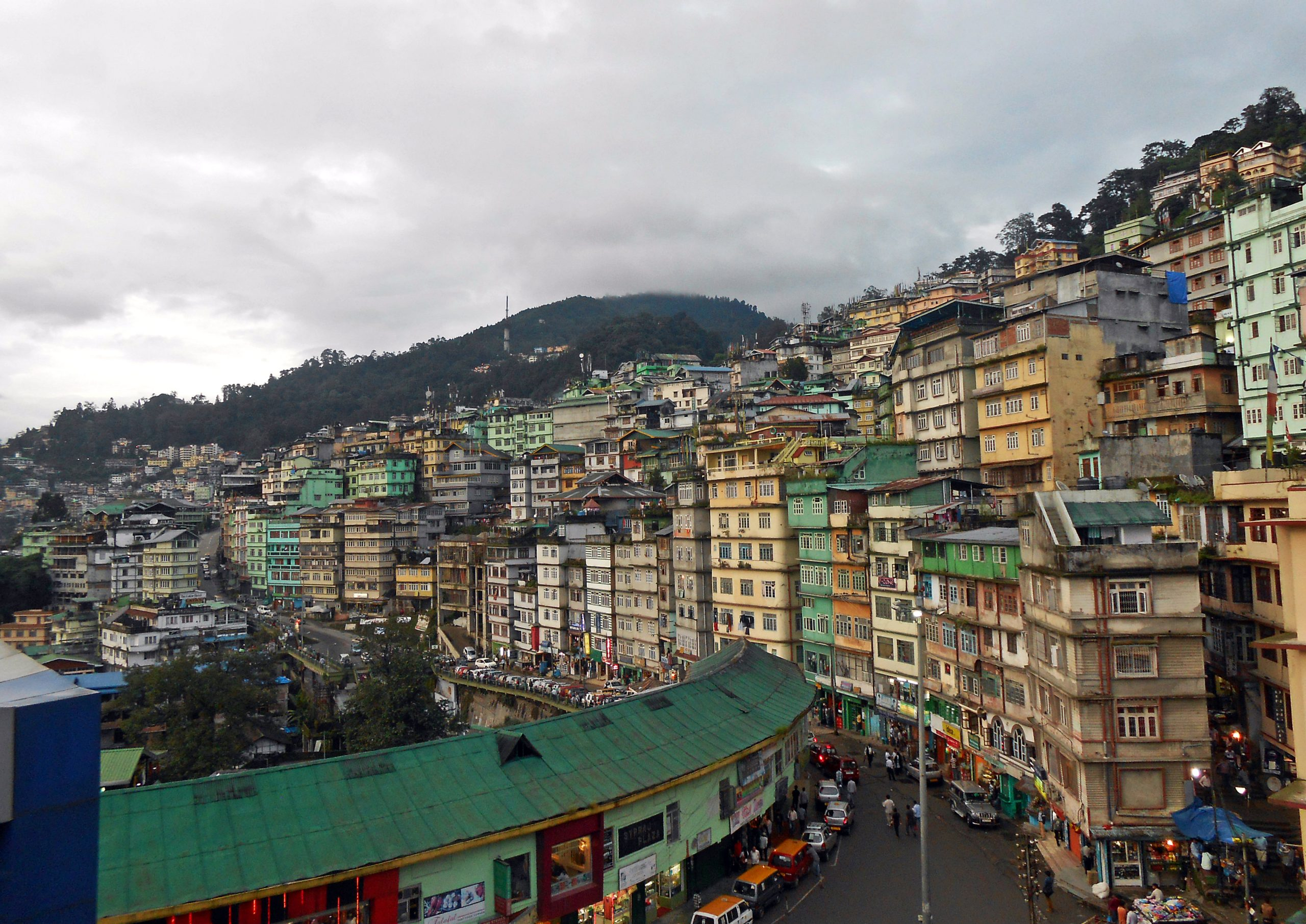Lal Bazaar Best Shopping Places In Gangtok