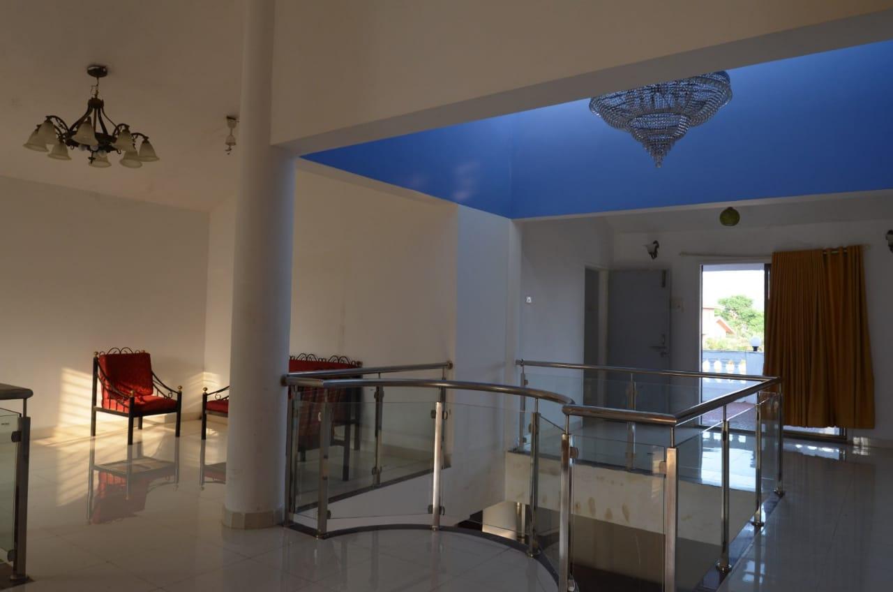 Top Luxury Hotel in Lonavala-Laxmi Villa