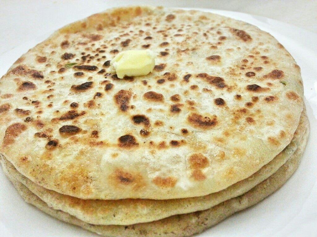 Lazawab Paratha Street Food in Varanasi