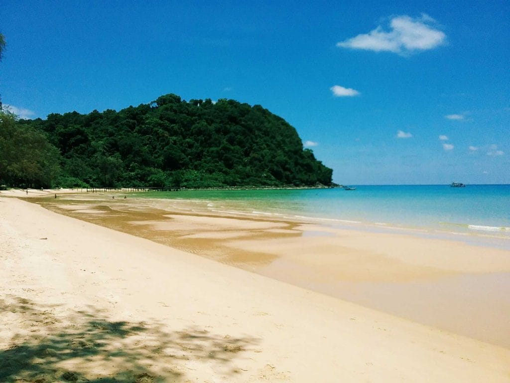 Lazy Beach, Koh Rong Samloem- Best Beach in Cambodia to Enjoy The Turquoise Ocean