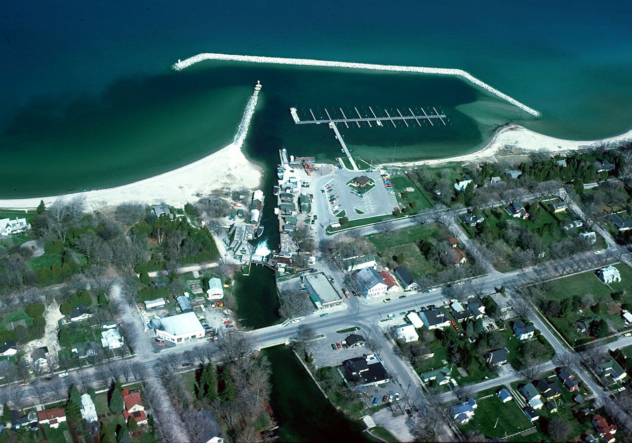 Top-rated Towns in Michigan-Leland