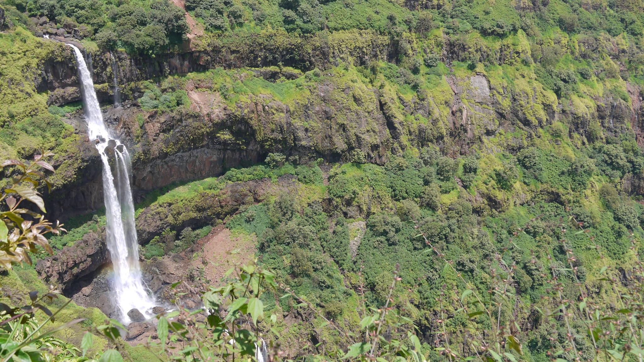 Lingamala Falls Beautiful Place To Visit In Mahabaleshwar