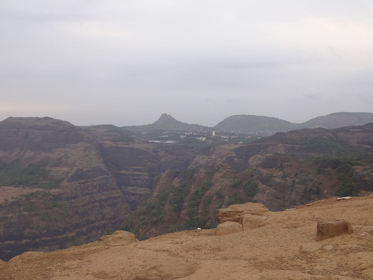 Must See Place in Lonavala-Lion's Point