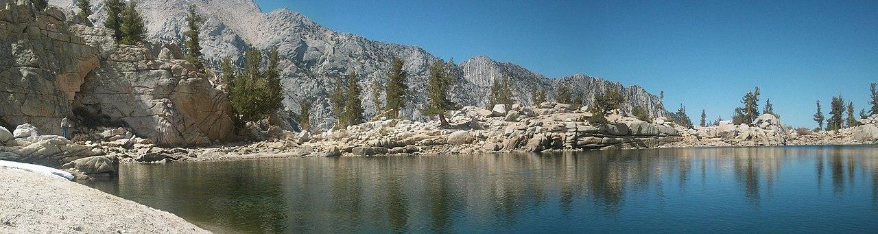 Explore the Trek to Lone Pine Lake, Lone Pine