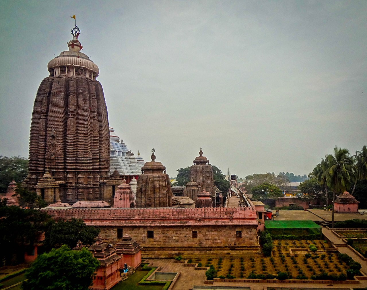 Place to Visit Near Konark-Lord Jagannath Temple, Puri