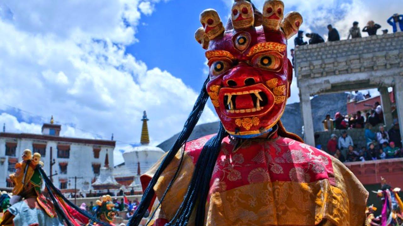 Top Festival Of Arunachal Pradesh-Losar Festival