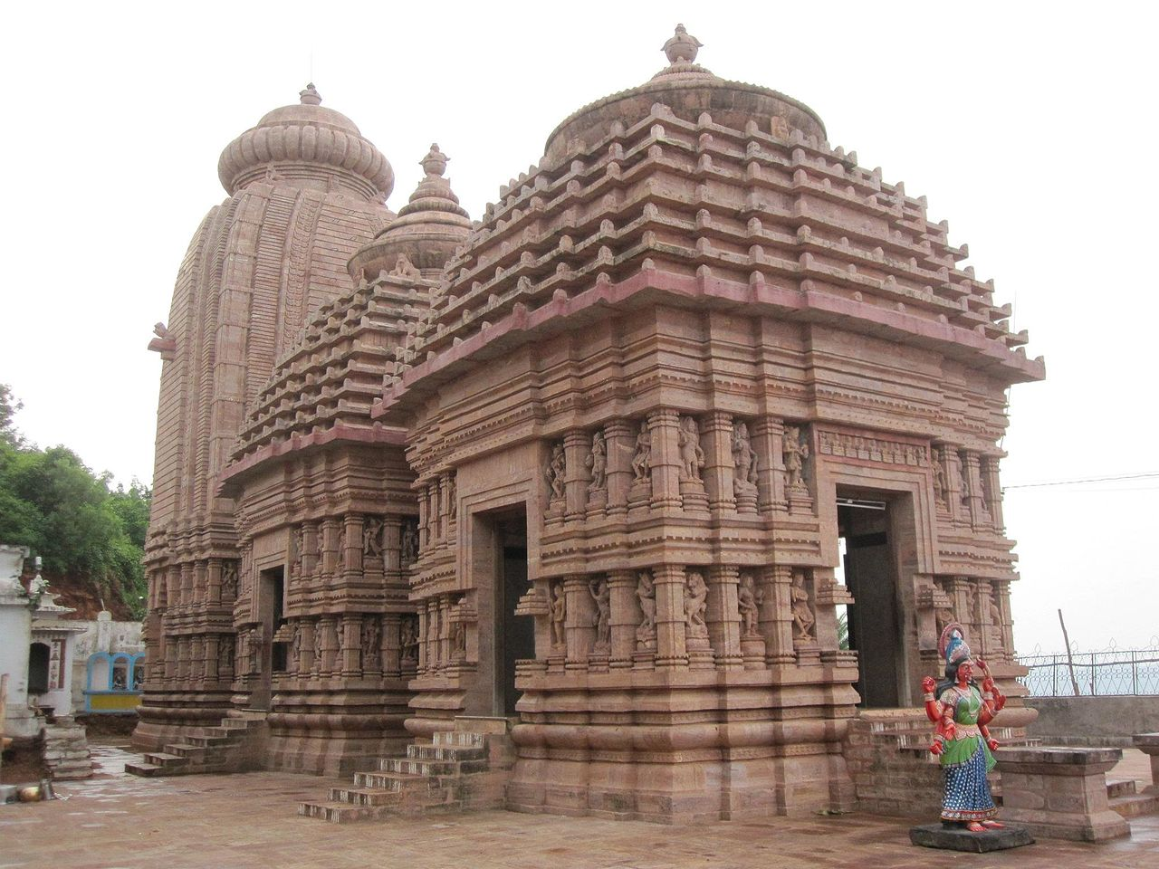 Top Place to Visit in the Day Tour of Gopalpur-Maa Tara Tarini