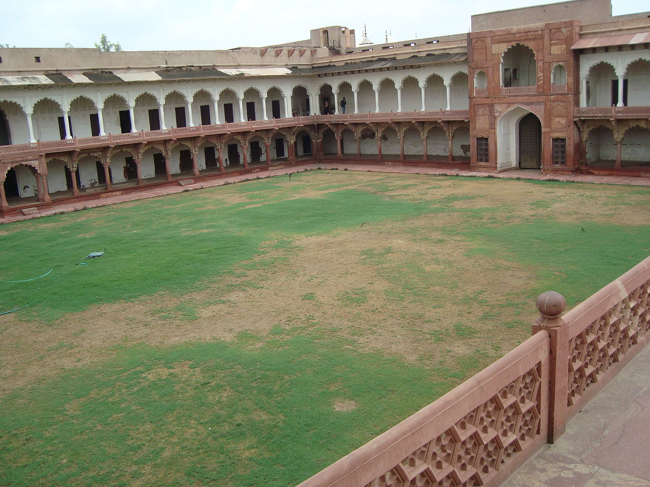 Best Place in Agra-Sikandra Fort-Machhi Bhawan