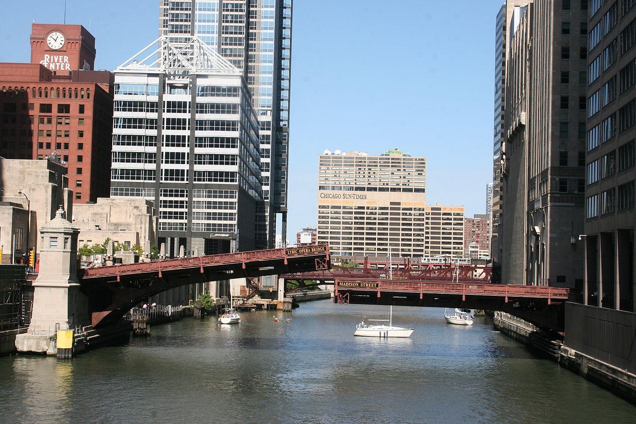 Madison Street Bridge - Famous Bridge (Movable & Non-Movable) On The Chicago River, Illinois