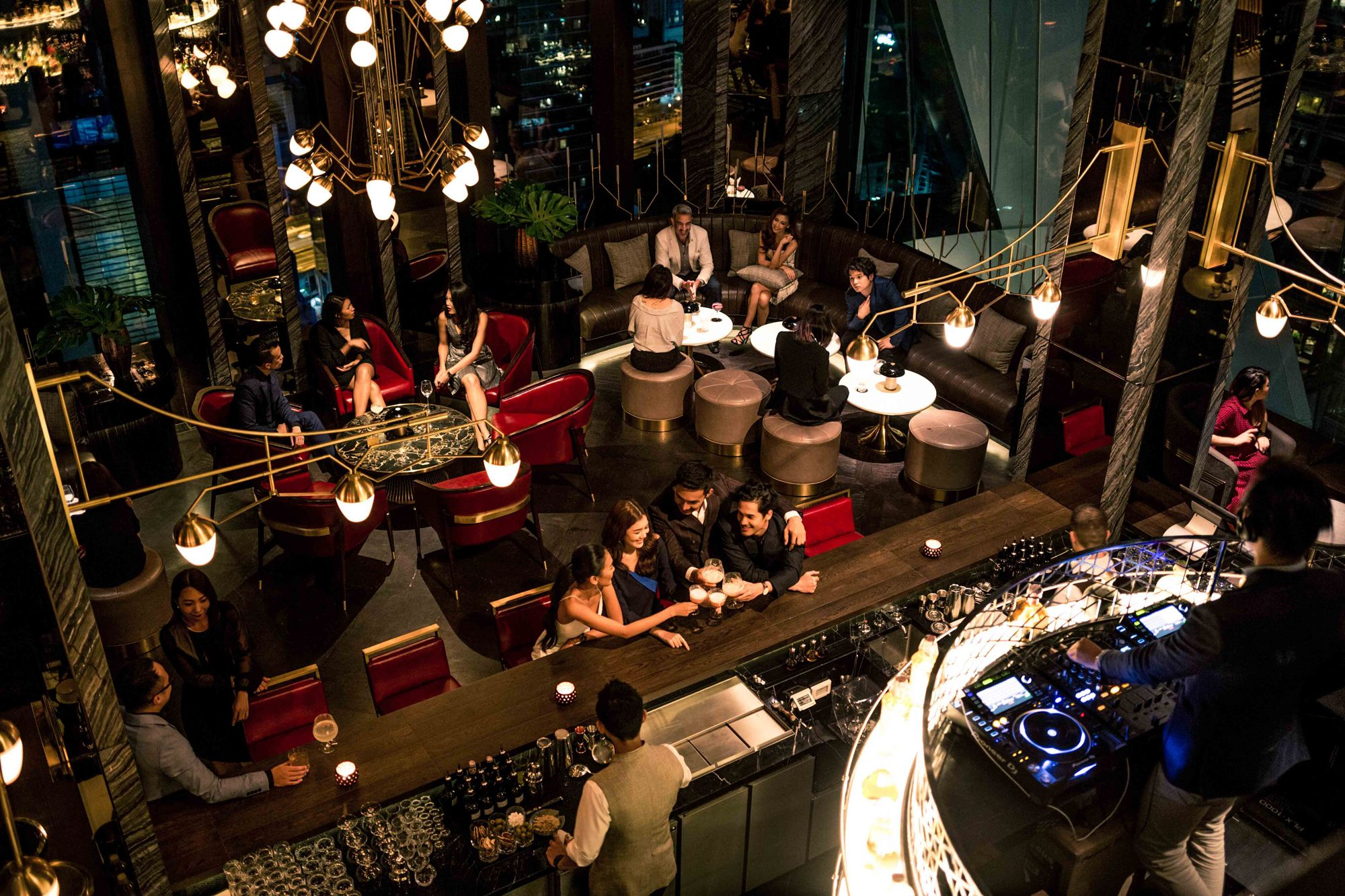 Maggie Choo's - Top Place to Explore Nightlife In Thailand